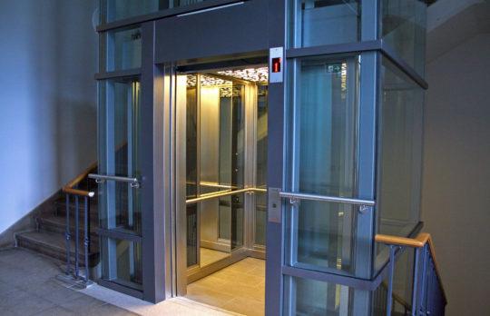 Aufzug errichtet von Hollmann Aufzüge GmbH